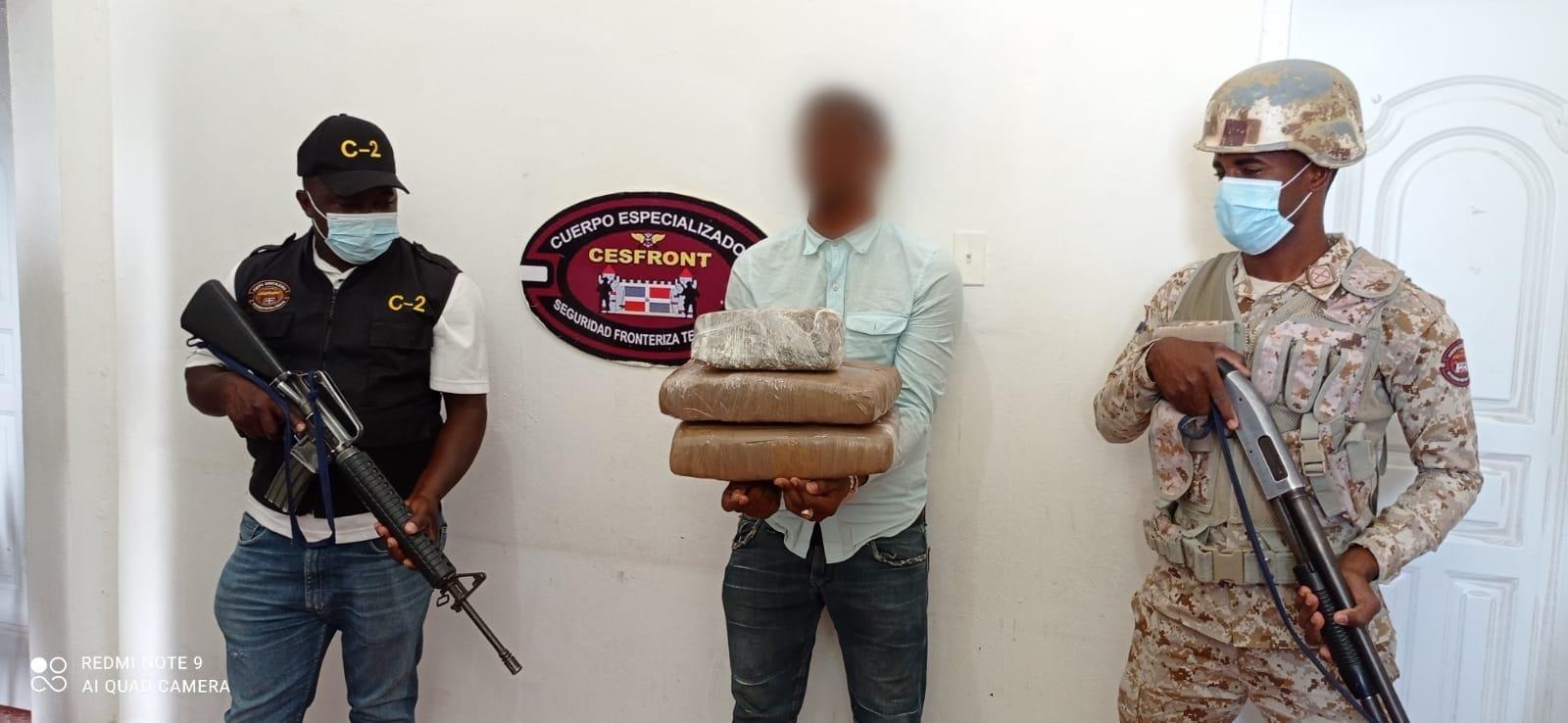 CESFRONT decomisa más de 70 libras de Marihuana en Dajabón y Elías Piña
